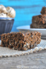The Best Healthy Gingerbread Cake 2