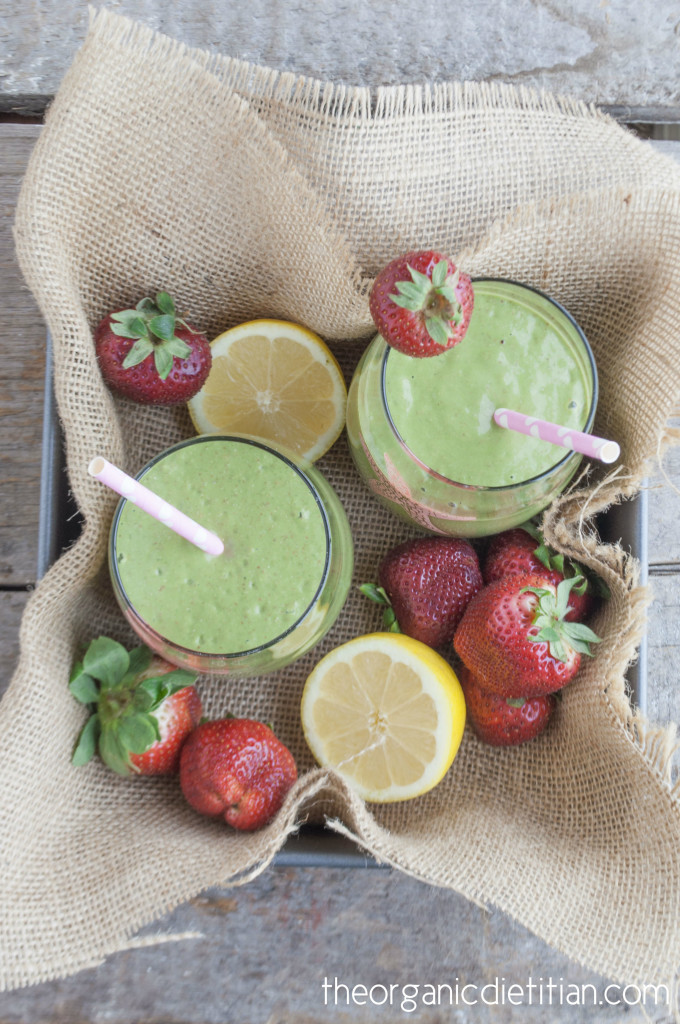 Strawberry Lemonade Green Smoothie 3