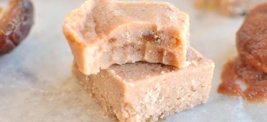 Cinnamon Apple Fudge (Vegan, Paleo)