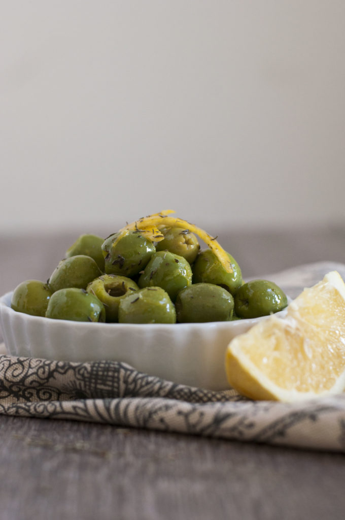 orange-and-thyme-marinated-olives-3